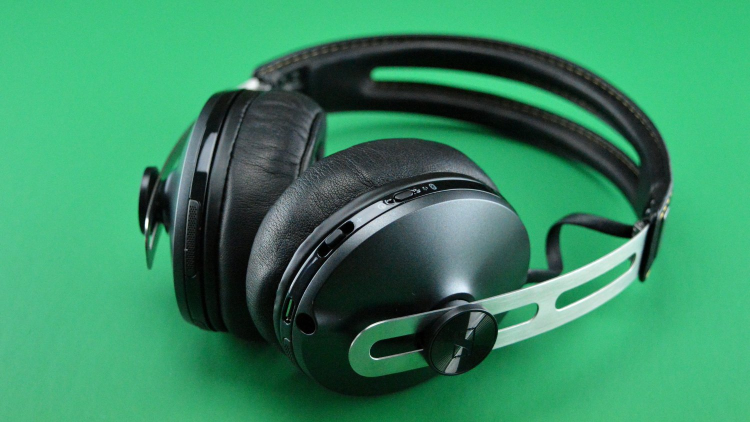 Sennheiser HD 1 Wireless Main