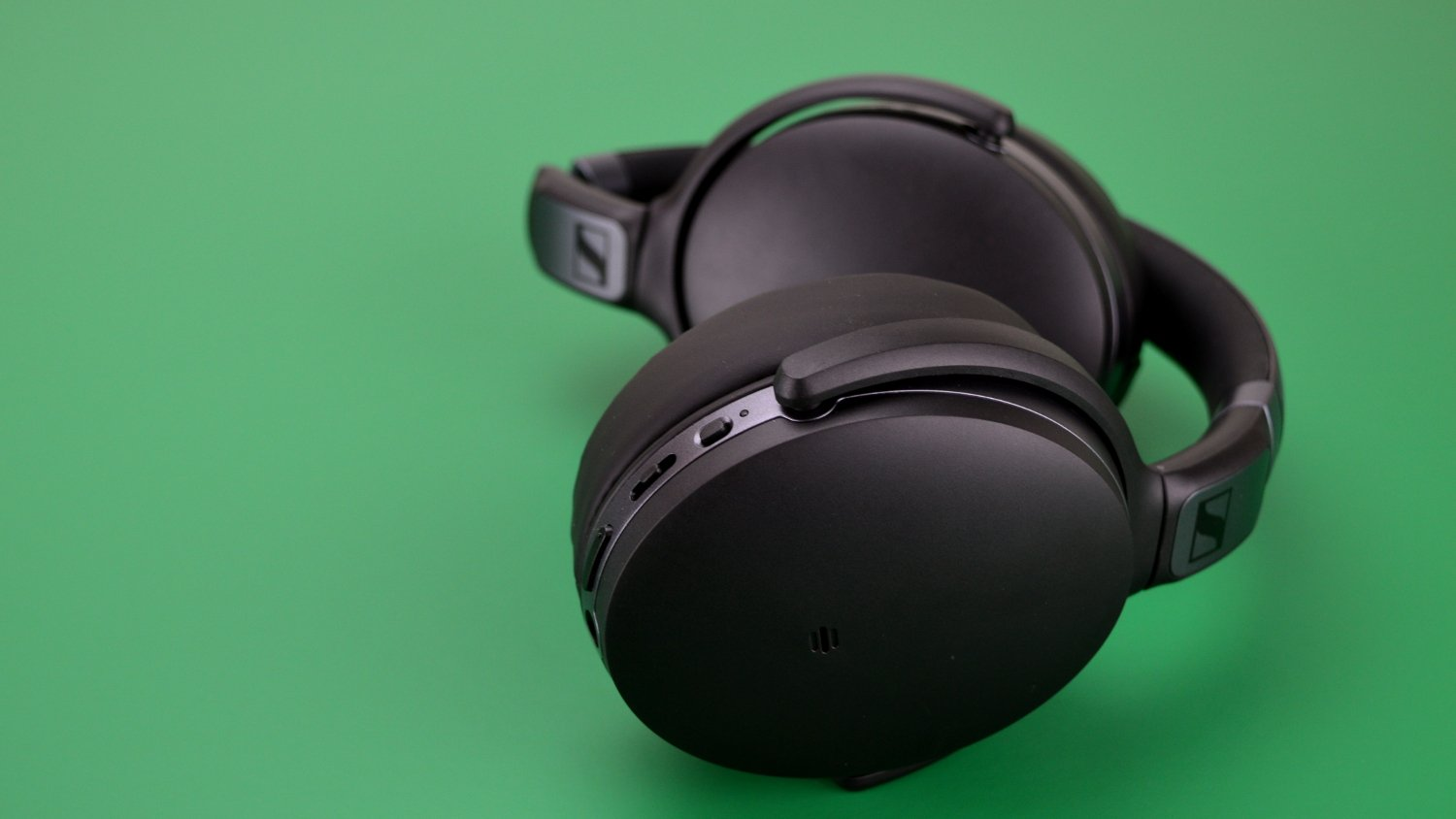 Sennheiser HD 4.40 BT Headphones Review - Headphone Review ff45feac34d9