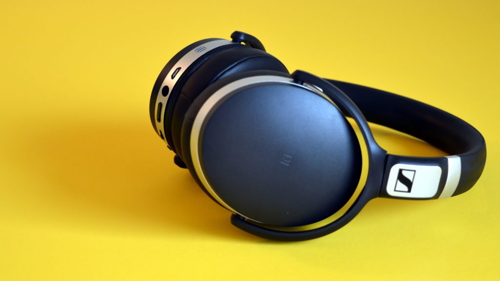 Sennheiser HD 4.50 BTNC Review Design