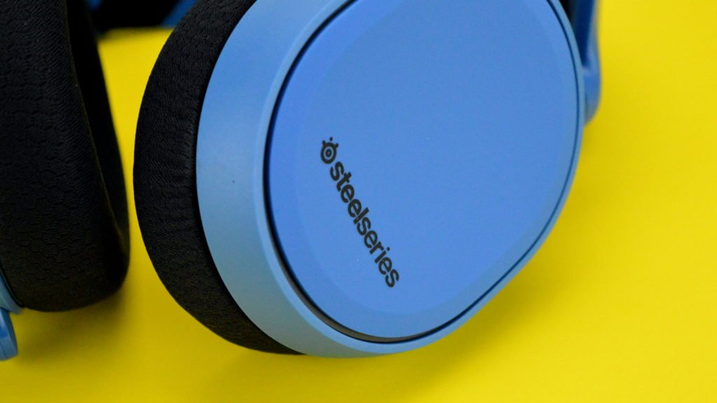 SteelSeries Arctis 3 Gaming Headset Review - Headphone Review