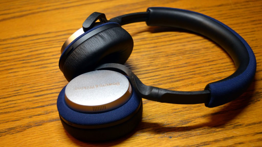 Bowers & Wilkins PX5 Design